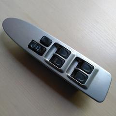 Блок управления стеклоподъемниками водительский Great Wall Hover