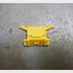 Клипса крепления лобового стекла желтая Great Wall Hover
