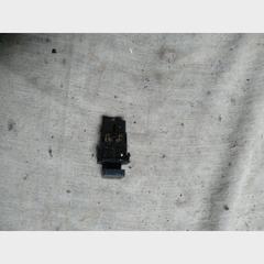 Кнопка аварийной сигнализации Chery Amulet